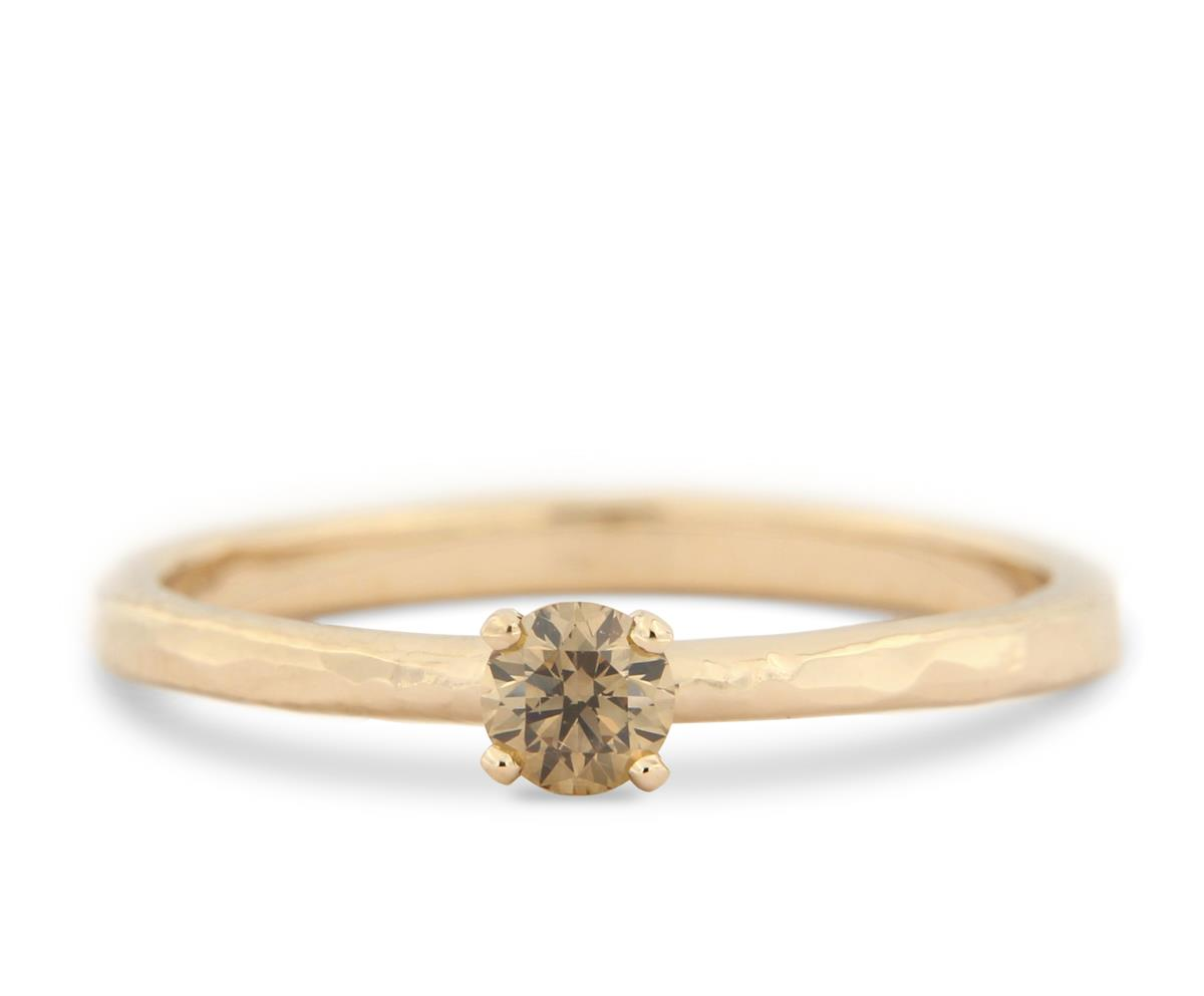 Katie g. Jewellery - Hammered Solitaire Ring 14kt. Rosé Gold mit chocolate brown diamond_ab EUR 1.450